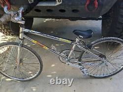 1993 GT BMX PRO SERIES Old School Vintages Junior size DK Powerlite bars Dotek