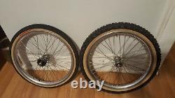 Old School Bmx Araya Aero Rims Suzue Sealed Hubs 20 X 1.75 Silver Vintage Rare