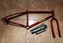 1983 Race Inc 24 Frame Set, Pads Et Casque. Old School Bmx. VDC Se Racing