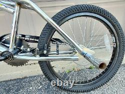 2001 Dyno Zone MID New School Bmx Bicycle Chrome Gt Vieux Vélo Freestyle Jumping