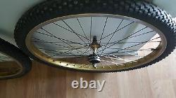 Old School Bmx 1981 Gold Schwinn King Sting 26 À Rims Bontrager Tires Vintage