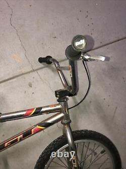 Old School Gt Interceptor Bmx Freestyle Gt Rare, Survivant De Vélo