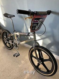 Old School Vintage Mongoose Grand Prix Bmx