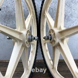 Skyway Mag Roues Old School Bmx 20 White Freestyle 80s 6 Spoke O. E. Oe