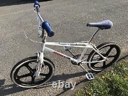 Véritable Ammaco Freestyler 1984 Old School Bmx Bike, Véritable Barn Trouver
